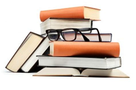 Is literature review a qualitative research method?